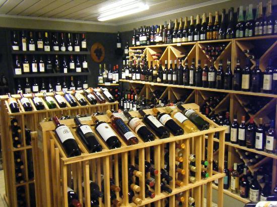 Vino Loco: comprehensive wine store