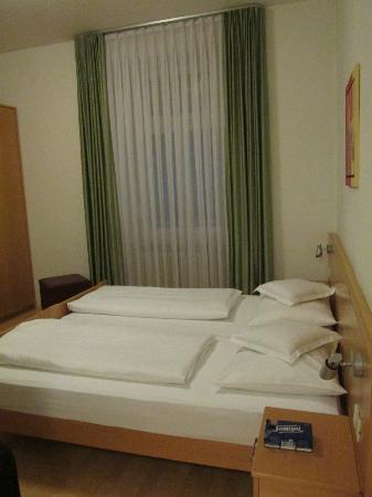 Hotel Kolping Meran: camera