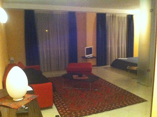 Hotel Rosso Frizzante: Camera