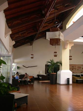Sol Cayo Guillermo: lobby...