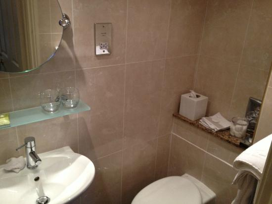 The Orchard House: En Suite