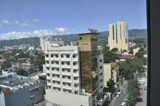 Hotel Elizabeth Cebu: view from our room