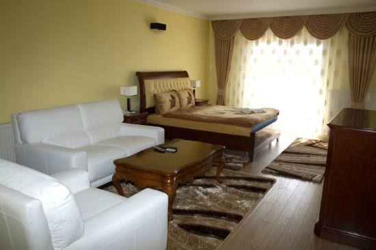Hotel Begolli: Room 501
