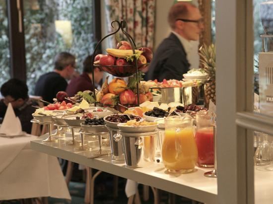 Hotel Admiral: breakfast room