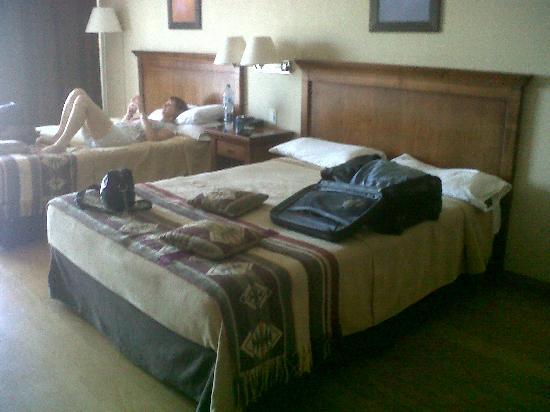 Howard Johnson Hotel & Marinas San Pedro Resort: habitacion