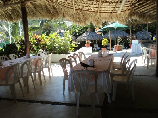 Hotel Castillo Huatulco Hotel & Beach Club: La falta de lujo se compensa con el excelente servicio