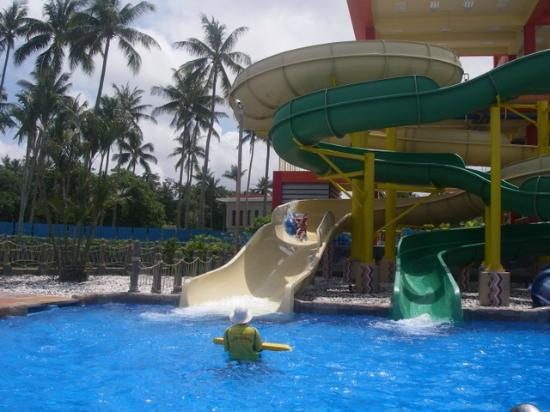 After a big day at the Splash Jungle. - Picture of Splash Jungle Waterpark, T...
