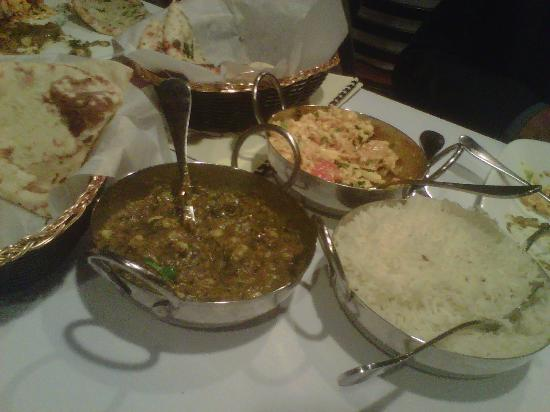 Dhaba Indian Bistro : The cool traditional Indian skillets