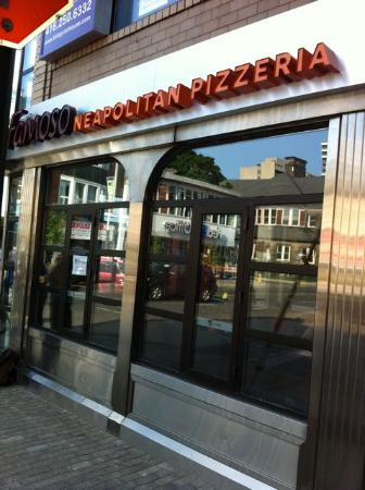 Famoso Neopolitian Pizza
