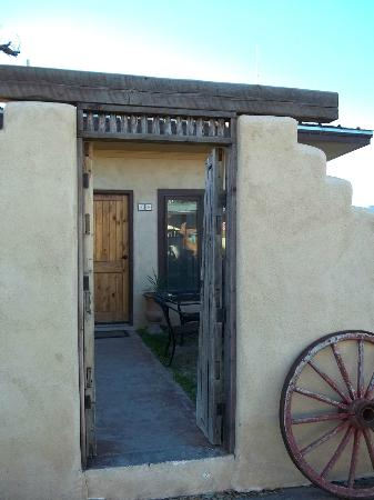 The Maverick Inn: We stayed in Room 12 off a courtyard - great for pets!