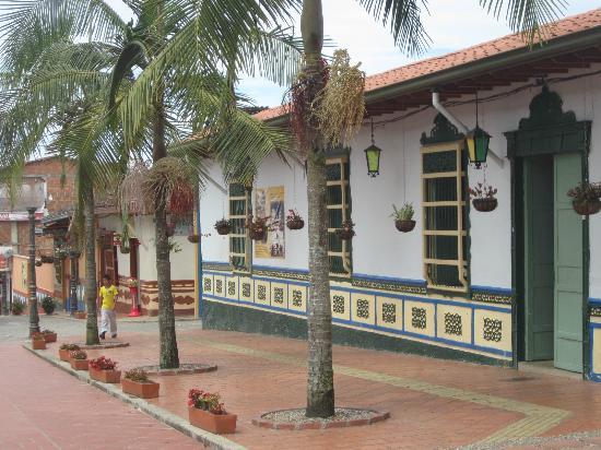 Piedra del Penol: House un Guadape. Casa en Guadape.