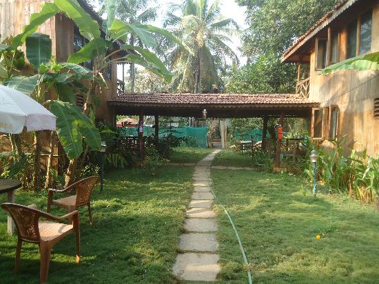 Goa'n Cafe and Resort: Wooden AC Bungalows