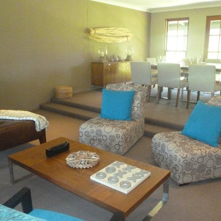 Spicers Vineyards Estate: Hotel main lounge/meeting area