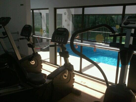 The Haven Hotel and Spa: Piscina y gimnasio.