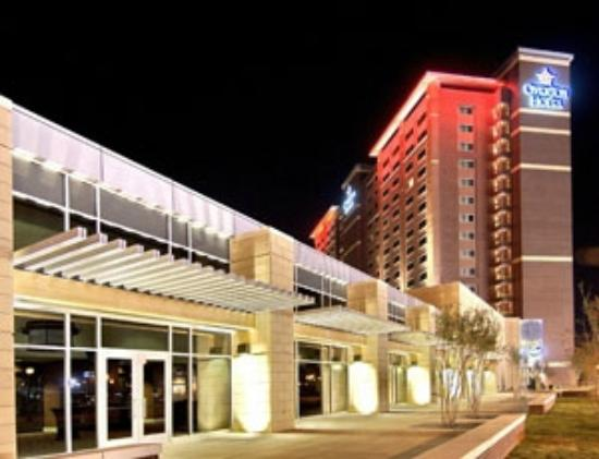 Overton Hotel and Conference Center: Overton Hotel at Night - Inclues a view of the conference center