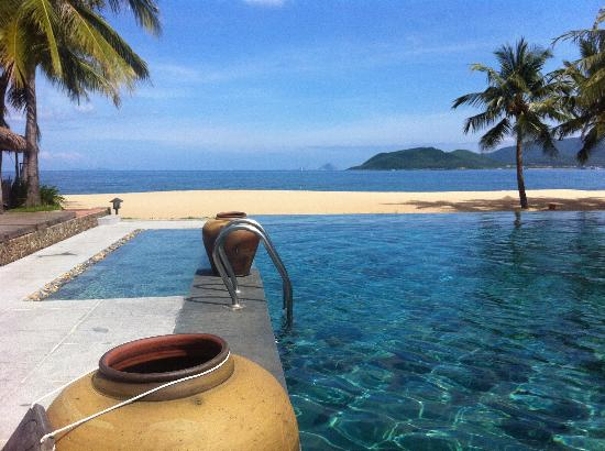 Evason Ana Mandara Nha Trang: View from main pool