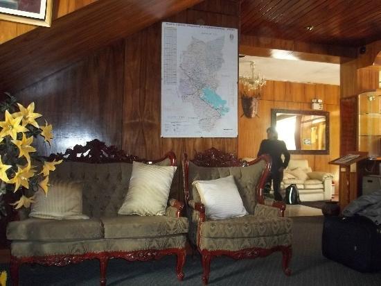 El Buho Hotel: Hall de entrada