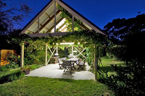Mt Martha Bed and Breakfast By The Sea: BBQ