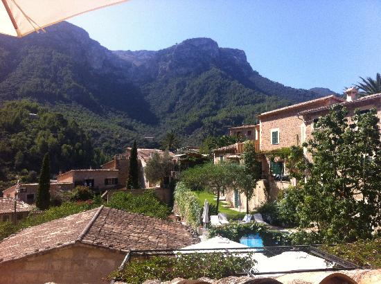 Hotel des Puig: Utsikten mot bergen