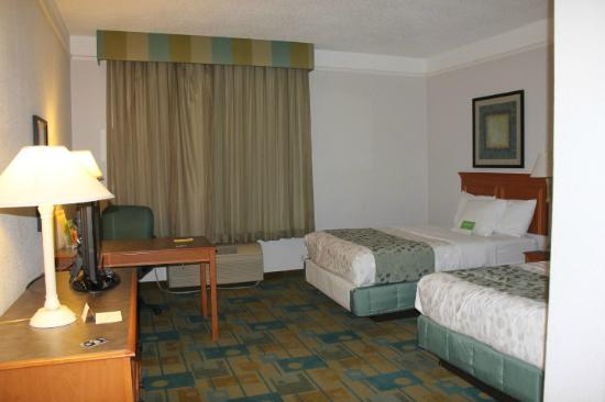 La Quinta Inn & Suites Oklahoma City NW Expwy : Very clean, spacious and comfortable