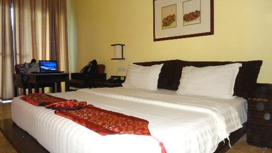 Boracay Ocean Club Beach Resort : room 111