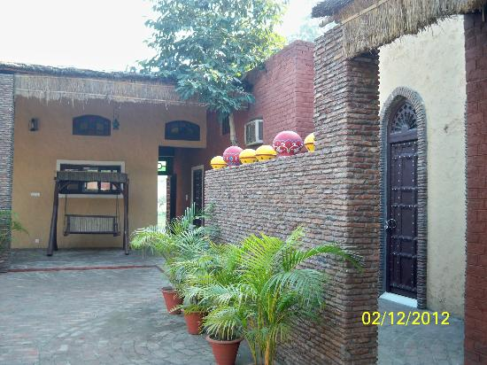 Green Acres Haveli and Retreat: View from the Main Gate