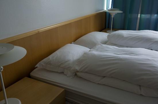 Hotel Reynihlid: ベッド