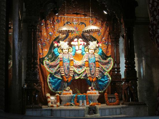 Beautiful Lord Krishna - Review of ISKCON Baroda, Sri Sri