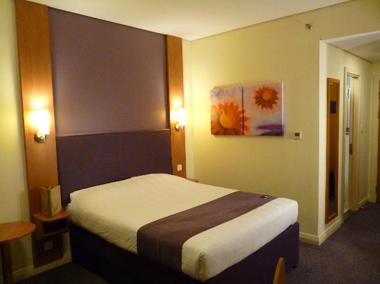 Premier Inn Abu Dhabi Capital Centre Hotel: My room