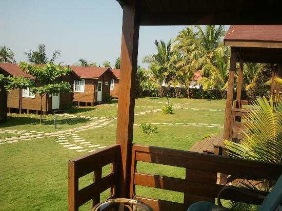 Ozran Heights Beach Resort : VIEW