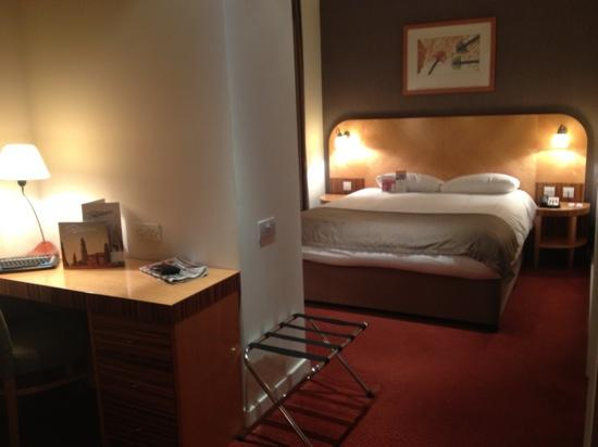 Ramada Hotel & Suites Coventry: my room on the 12th floor