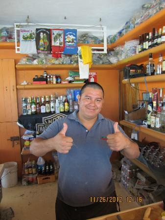 Tours Plaza - Day Tours : First bar