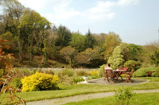 Mallmore Country House: Garden View