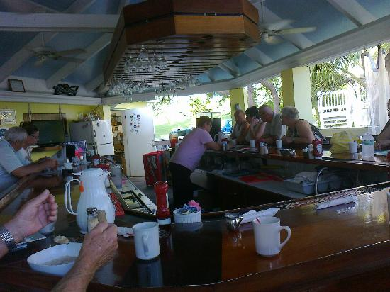 Tamarind Reef Resort, Spa & Marina: Beth's breakfast at Deep End
