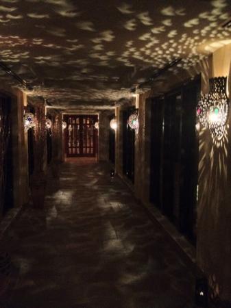 Elaf Kinda Hotel: couloirs