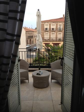 Les Palmiers: our terrace