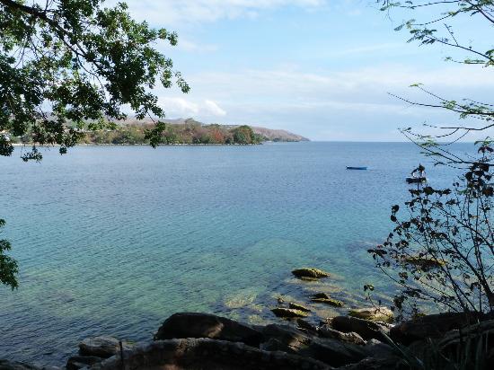 Mayoka Village: Vistas del lago Malawi desde el comedor