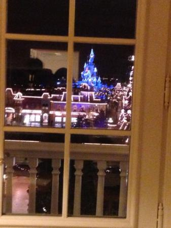 Disneyland Hotel: vista dalla camera....