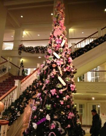 Disneyland Hotel: la hall