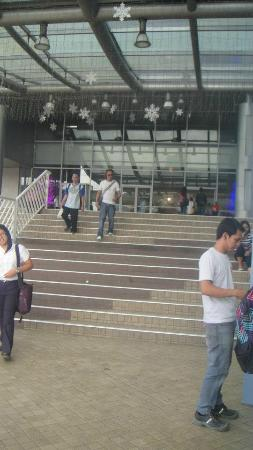 SM Megamall: entrance to mega A