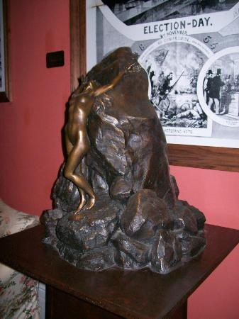 St. Vincent's Guest House: Andromeda sculpture