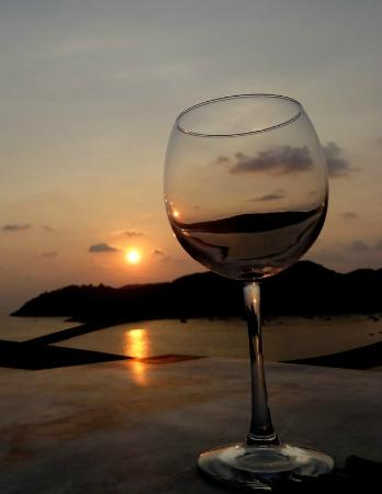 Espuma Mediterraneo : Sunset from our table at Espuma