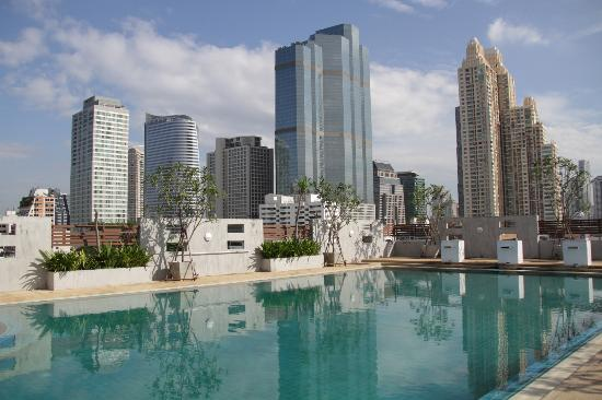 Sathorn Grace Serviced Residence: Pool
