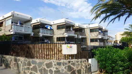 Apartamentos El Paseo: Appartementanlage von aussen