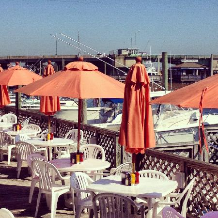 Fish House Grill: The Deck - Fish House Grill - Picture Of Fish House Grill, Wilmington