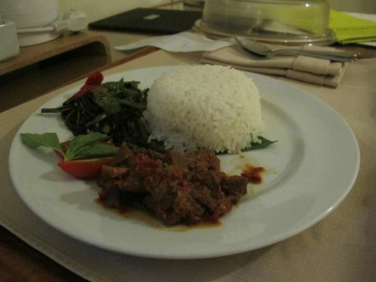 Hotel Santika Pandegiling Surabaya: rica-rica kambing