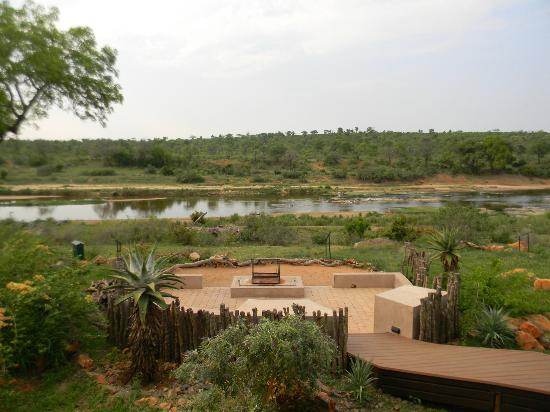 Mjejane River Lodge: View from front area