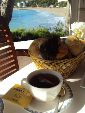 Cap Vermell Beach Hotel: Breakfast