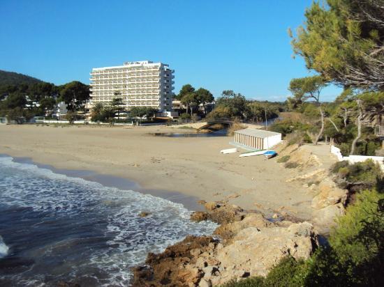 Cap Vermell Beach Hotel: Hotel Beach
