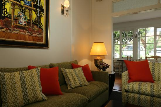 Holmwood Guesthouse: Holmwood's shared guest lounge.